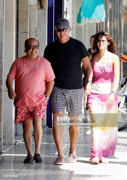 Arevalo Bertin Osborne and Fabiola Martinez are seen on August 21 2011 in Mallorca Spain
