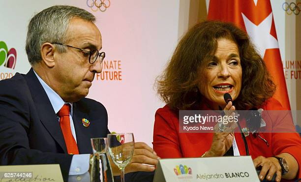 AIRES Argentina Alejandro Blanco chief of Madrid's Olympic bid committee and Ana Botella mayor of the Spanish capital hold a press conference in...