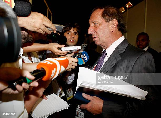 Argentina assistant coach Carlos Bilardo speaks after the Final Draw for the FIFA World Cup 2010 December 4 2009 at the International Convention...