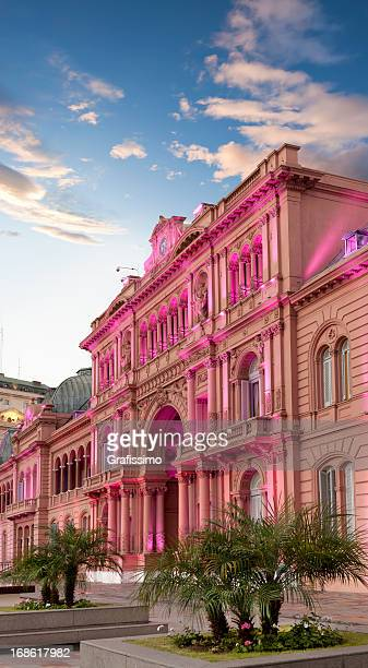 argentina buenos aires casa rosada at night - buenos aires stock pictures, royalty-free photos & images