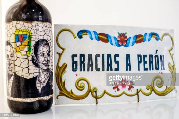 Argentina Buenos Aires Instituto Nacional Juan Domingo Peron wine bottle label Gracias a Peron