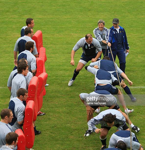 Argentina coach Marcelo Loffreda watches his forwards work out during an Argentina training session at the Stade Jean Boulin on 4 October 2007 in...