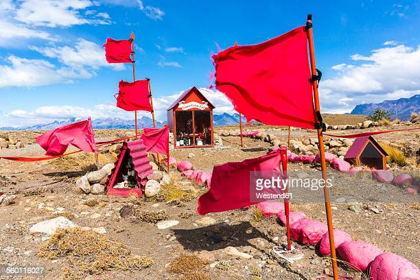 argentina, patagonia, santa cruz province, view to memorial of gauchito gil - gauchito gil fotografías e imágenes de stock