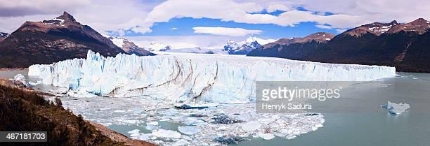 Argentina, Perito Moreno, Panoramic view of iceberg