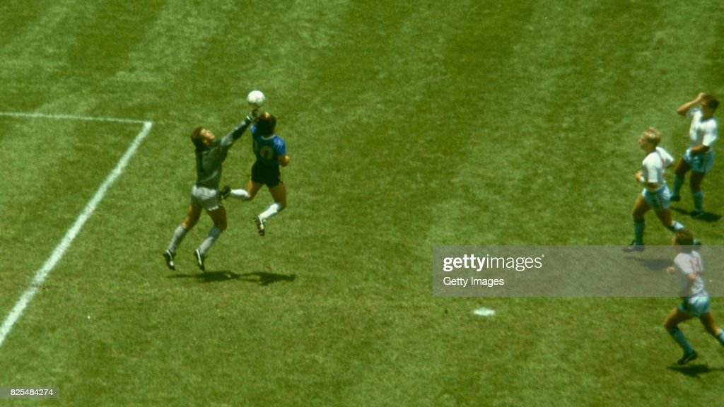 Diego Maradona Hand of God Goal Argentina v England 1986 : News Photo