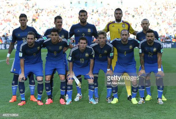 Argentina pose for a team photograph during the 2014 World Cup final match between Germany and Argentina at The Maracana Stadium on July 13 2014 in...