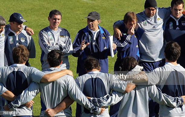 Argentina rugby union national team head coach Marcelo Loffreda speaks to players during a training session at the Sport stadium in Montmorency...