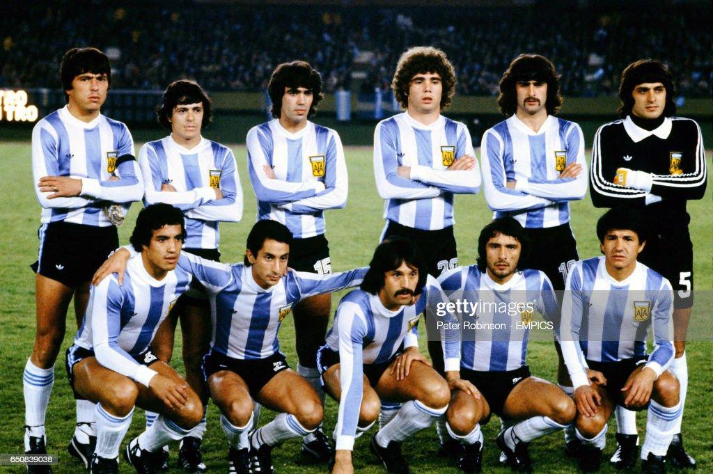 Diferentes fenotipos y grupos étnicos de Latinoamérica - Página 3 Argentina-team-group-back-row-lr-daniel-passarella-rene-houseman-picture-id650839038