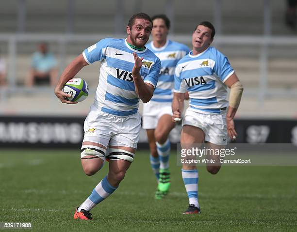 Argentina's Bautista Stavile breaks clear to score his sides second try during the 2016 U20 World Rugby Championships Pool C Match 1 between France...