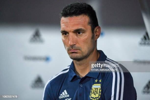 Argentina's coach Lionel Scaloni gestures during their friendly football match against Mexico at Mario Alberto Kempes Argentina on November 16 2018