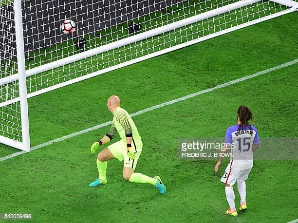 Argentina's Ezequiel Lavezzi scores past USA's goalkeeper Brad Guzan during their Copa America Centenario semifinal football match in Houston, Texas,...