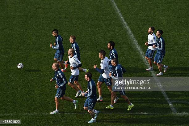 Argentina's footballers take part in a training session at the Everton Sport Center in Vina del Mar Chile on June 27 2015 AFP PHOTO / PABLO...