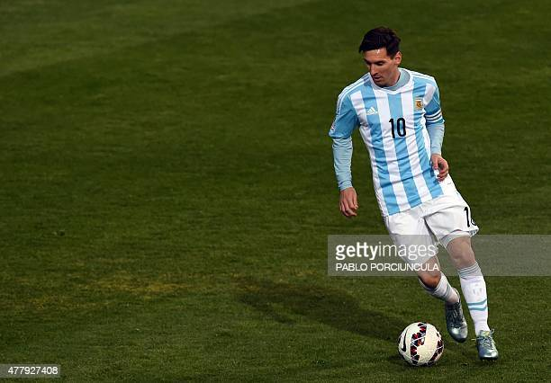 Argentina's forward Lionel Messi controls the ball during their 2015 Copa America football championship match against Jamaica in Vina del Mar on June...