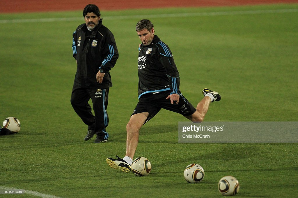 Argentina Training & Press Conference - 2010 FIFA World Cup