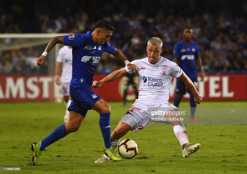Argentina's Huracan player Israel Damonte vies for the ...