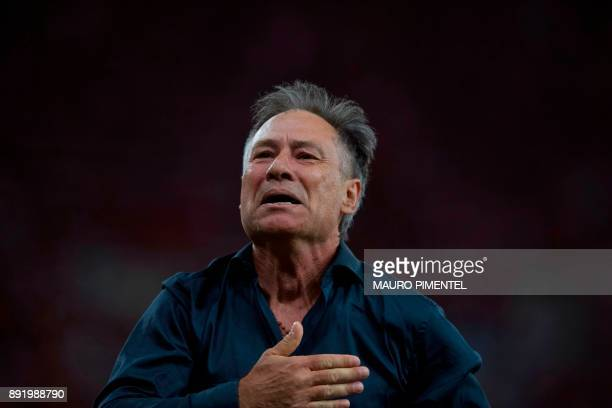 Argentina's Independiente coach Ariel Holan celebrates after his team wins the 2017 Sudamericana Cup championship at the Maracana stadium in Rio de...