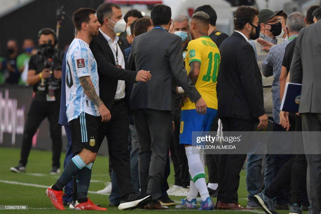 TOPSHOT-FBL-WC-2022-SAMERICA-QUALIFIERS-BRA-ARG : News Photo