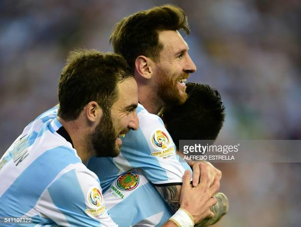 Argentina's Lionel Messi and Gonzalo Higuain celebrate after scoring against Venezuela during the Copa America Centenario football quarterfinal match...