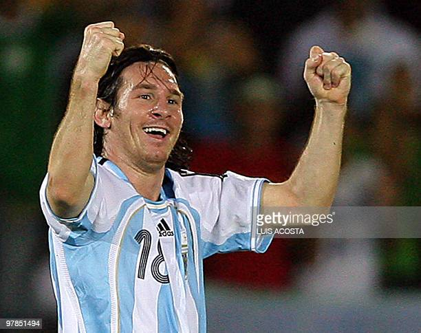 Argentina's Lionel Messi celebrates after scoring the second goal of his team against Mexico during their Copa America 2007 Semifinal match 11 July...