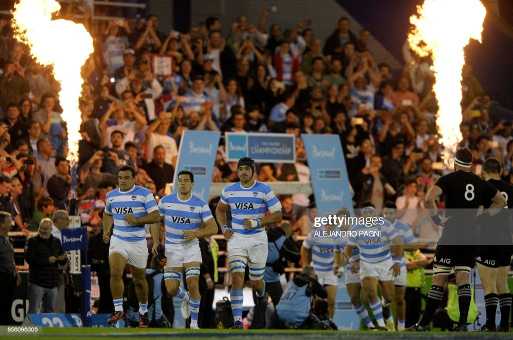 Argentina's Los Pumas team enter the field before their Rugby Championship 2017 match against the New zealand All Blacks, at Jose Amalfitani stadium in Buenos Aires, Argentina on September 30, 2017. /