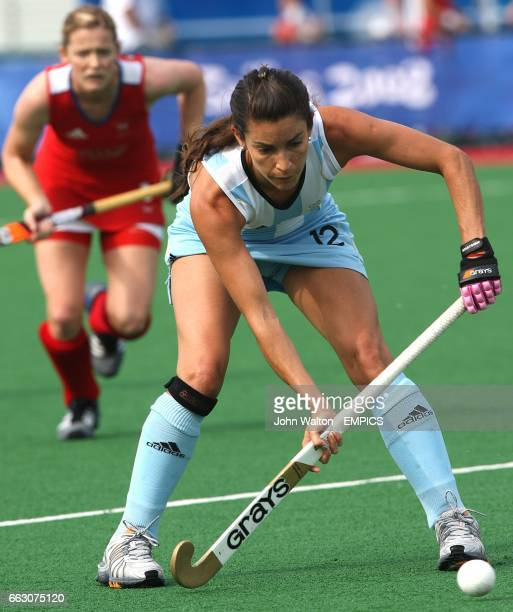 Argentina's Mariana Gonzalez Olivia during the match against Great Britain at the Olympic Green Hockey Stadium during the fourth day at the 2008...