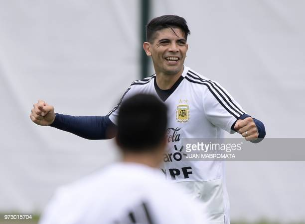Argentina's midfielder Ever Banega takes part in a training session at the team's base camp in Bronnitsy on June 13 2018 ahead of the Russia 2018...
