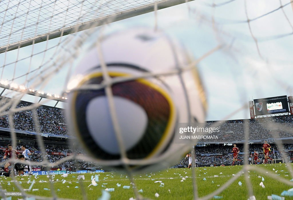 Argentina's midfielder Maxi Rodriguez (out of frame) strikes the team's second goal against Canada during a friendly football match at the Monumental stadium in Buenos Aires, on May 24, 2010. Argentina is flying to South Africa for the World Cup finals on Friday, and will play their first match against Nigeria on June 12 in Johannesburg. AFP PHOTO / Juan Mabromata