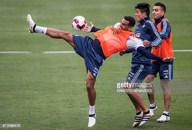 Argentina's national football team goalkeeper Sergio Romero takes part in a training session in Lima on October 04 2016 Argentina will face Peru in a...