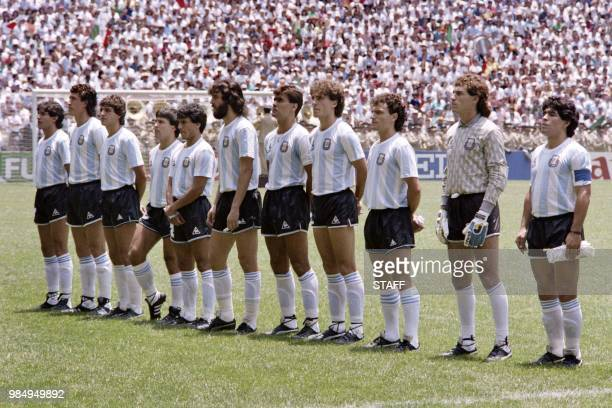 Argentina's national soccer team poses for a team picture before the World Cup final against West Germany on June 29 1986 in Mexico City From L to R...