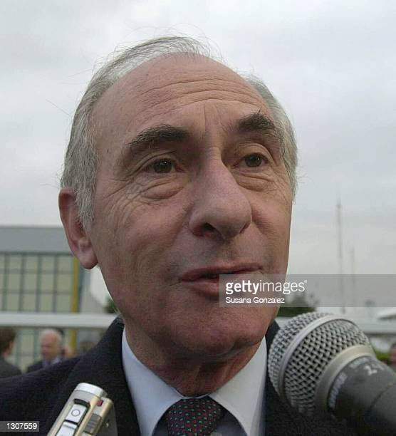 Argentina''s president Fernando de la Rua speaks to the press November 30 2000 in Mexico City He is one of the many international political figures...