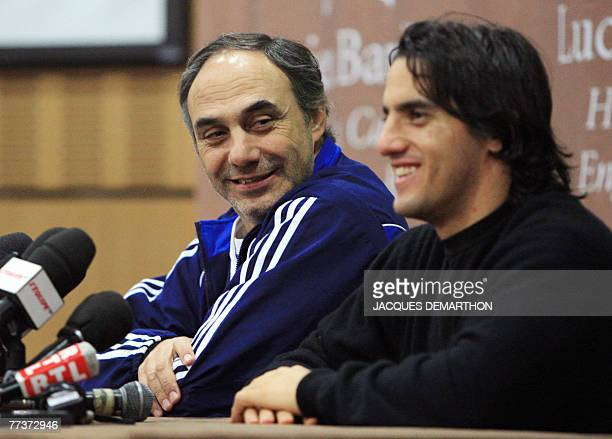 Argentina's rugby union team coach Marcelo Loffreda and captain Agustin Pichot give a press conference 17 October 2007 in EnghienlesBains north of...