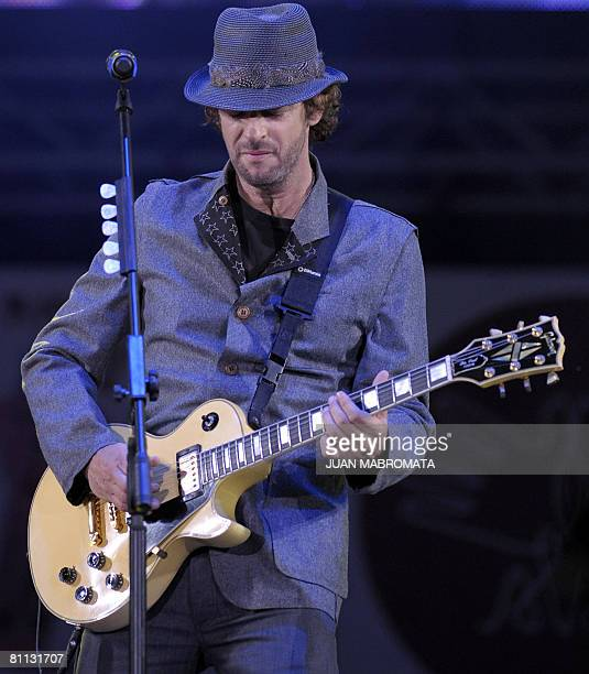 Argentine artist Gustavo Cerati performs during a charity ALAS concert in Buenos Aires on May 17 2008 Shakira's ALAS foundation has gathered 21 other...