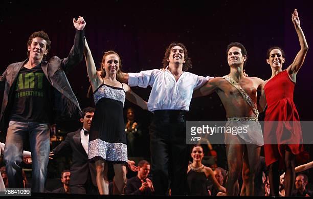 Argentine ballet dancer Julio Bocca acknowledges the audience with colleagues Maximiliano Guerra Eleonora Cassano Manuel Legris and Cecilia Figaredo...