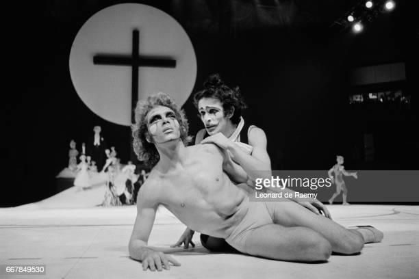 Argentine dancer Jorge Donn in Nijinsky Clown de Dieu, by Maurice Bejart.