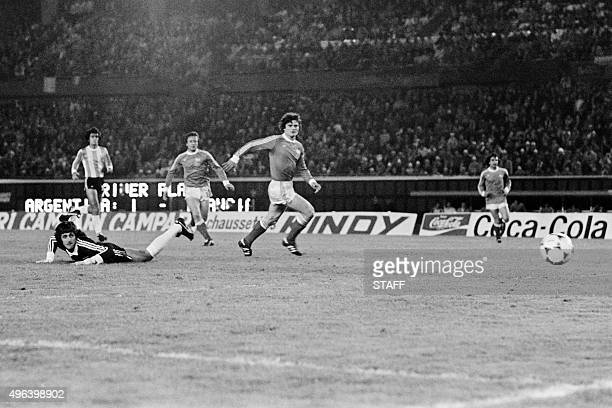Argentine goalkeeper Ubaldo Fillol falls as French team tries to score on June 6 1978 in Buenos Aires during the football World Cup match in Argentina