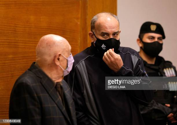 """Argentine golfer Angel """"Pato"""" Cabrera stands next to his lawyer Carlos Hairabedian, before a hearing as part of his trial for """"gender violence and..."""