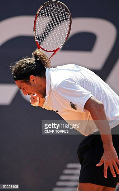 Argentine Mariano Zabaleta reacts after loosing a point against Italy's Filippo Volandri during the qualifying round of the Mexican Open 22 February...