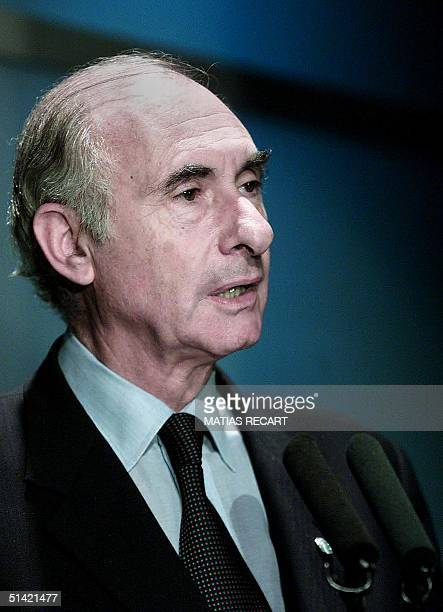 Argentine President Fernando De la Rua gives a speech during the opening of the annual meeting of the Interamerican Developement Bank 19 March 2001...