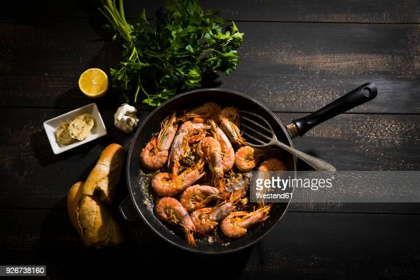 argentine red shrimps in pan - shrimp seafood stock pictures, royalty-free photos & images