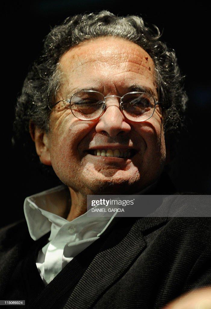 Argentine writer Ricardo Piglia acknowle : News Photo