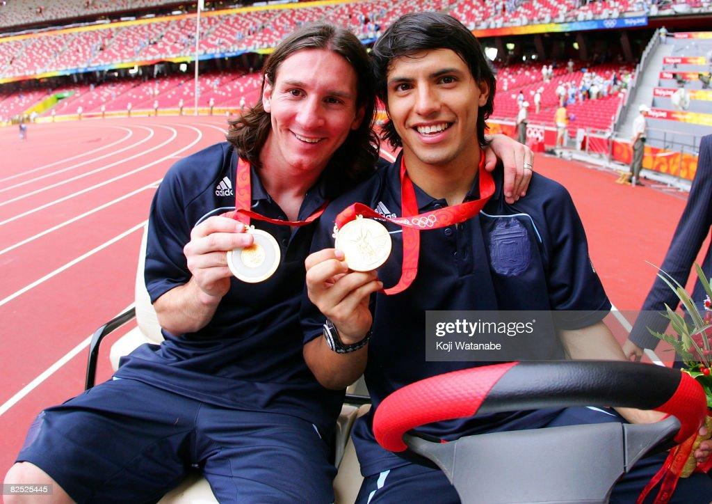 Olympics Day 15 - Football : News Photo