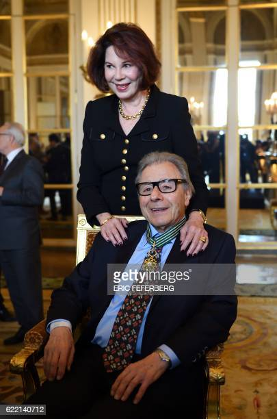 Argentinian musician Lalo Schifrin poses with his wife Donna after he was awarded Commandeur in the Order of Arts and Letters on November 10 2016 in...