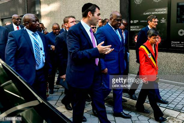 Ari Epstein chats with DR Congo President Felix Tshisekedi and Antwerp province governor Cathy Berx during a visit to the Antwerp World Diamond...