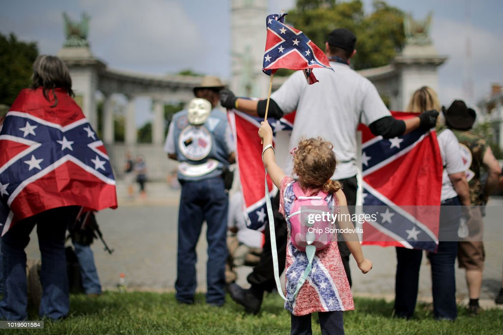Confederate Heritage Groups Rally Richmond's Jefferson Davis Monument, After Commission Recommends Removal To Mayor