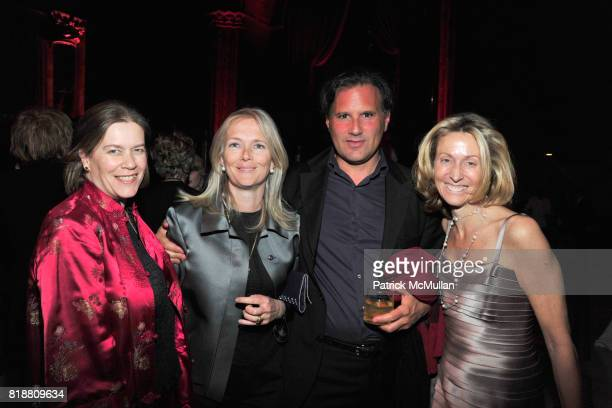 Ariadne CalvoPlatero Jennifer McGuire Isham Caio Fonseca and Electra Preston attend PARIS REVIEW BOARD OF DIRECTORS REVEL 2010 at Cipriani on April...