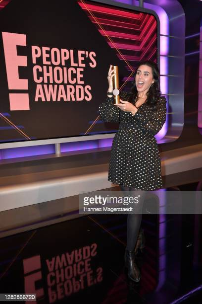 """Ariana Barborie receives the """"German Influencer of 2020"""" as part of the """"E! People's Choice Awards"""" on October 29, 2020 in Munich, Germany."""