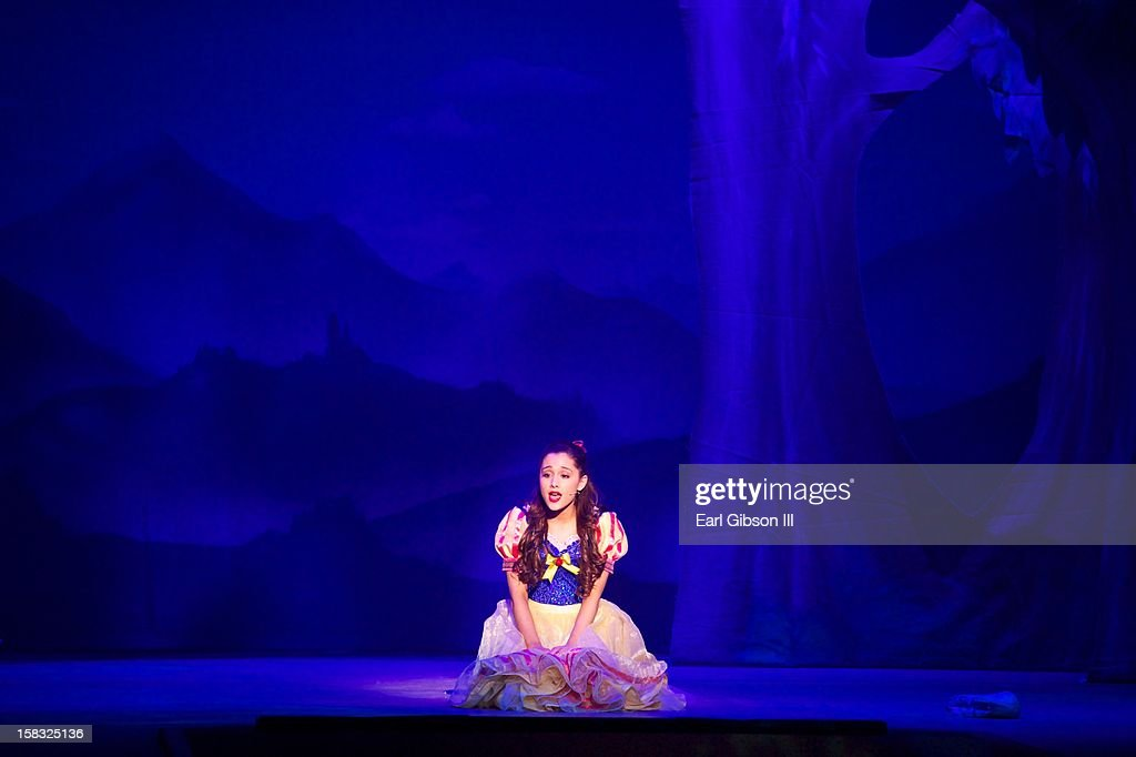 A Snow White Christmas.Ariana Grande Appears In A Snow White Christmas On Opening