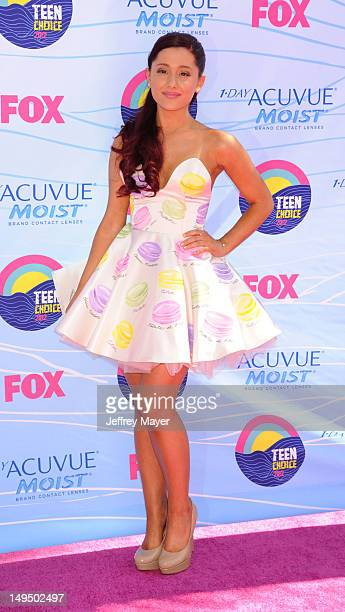 Ariana Grande arrives at the 2012 Teen Choice Awards at Gibson Amphitheatre on July 22 2012 in Universal City California