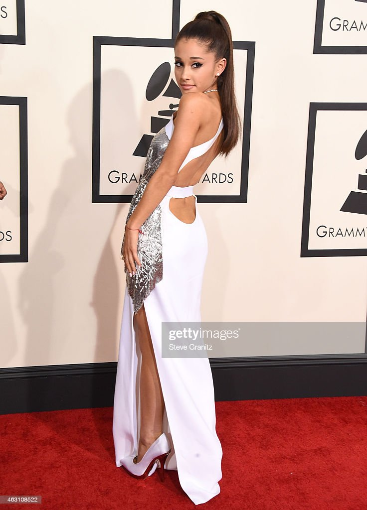 ariana grande arrives at the the 57th annual grammy awards on news photo getty images https www gettyimages com detail news photo ariana grande arrives at the the 57th annual grammy awards news photo 463108522