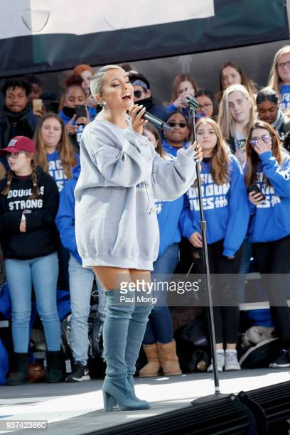 Ariana Grande attends March For Our Lives on March 24 2018 in Washington DC